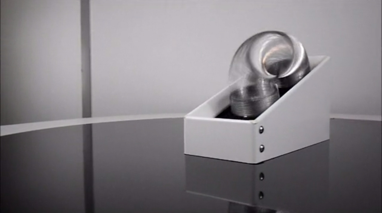 """The """"Never Ending Slinky Machine"""" Is Exactly What It Sounds Like 